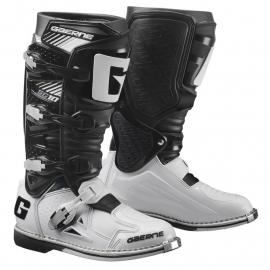 Stivali GAERNE SG-10 bianco nero motocross enduro